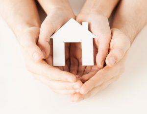 פוליסת ביטוח דירה כוללת כיסוי לנזקים שעלולים לפגוע במבנה הבית